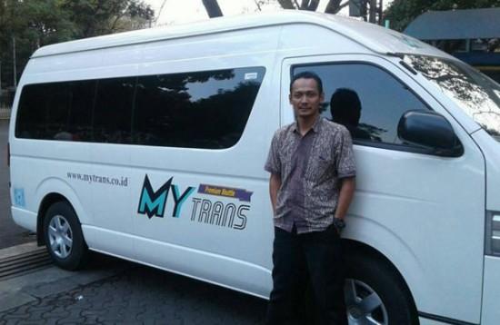 Naik Travel dari Bandung ke Depok/Margonda