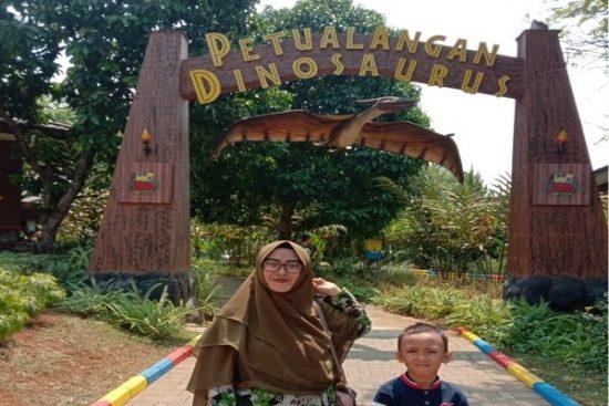 Info Tiket Masuk Taman Legenda Dinosaurus Hari Libur